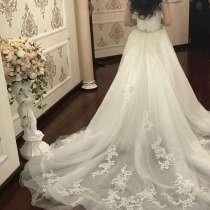 Свадебное платье Enzoani, в г.Киев