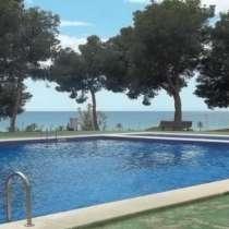Продается трехкомнатная квартира с панорамным видом на море, в г.Villajoyosa