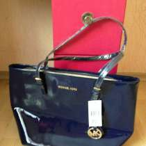 Продам новую лаковую синюю сумку М. СORS за 1000 грв, в г.Харьков