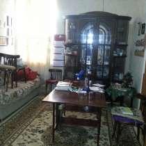Двухкомнатная квартира в центре, в г.Баку