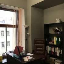 Офис с красивым видом на Невский, в Санкт-Петербурге