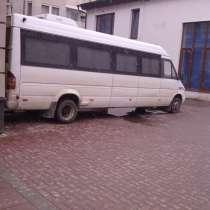 Автобус оригинал 2003 года в идеальное состояние, в г.Черновцы