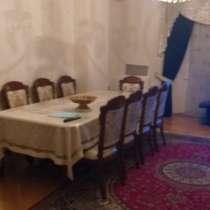 4-комнатная квартира в элитном доме. Срочная продажа. Торг, в г.Баку