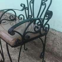 Кованный стул с сиденьем из натуральной кожи, в Новосибирске