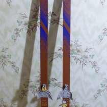 Продам беговые подростковые лыжи ЭРВИЙ, в Тольятти