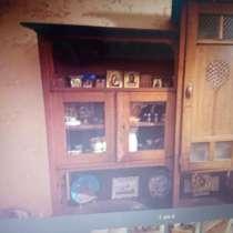 Отдам даром старинную мебель, в Москве