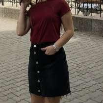 Чёрная джинсовая юбка, в г.Белград