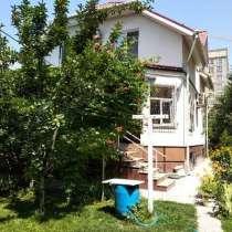 Продаю 3-х этажный дом, 2009 года постройки, в центре, в г.Бишкек