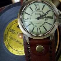 Продам наручные кварцевые женские часы бренд CCQ, в Калининграде