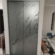 Пескоструйная обработка зеркал для шкафа-купе, в г.Брест