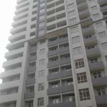 Продаю двух комнатную квартиру в новопостроенном доме, в г.Баку