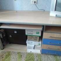 Продам мебель недорого, в Кирове