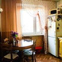 Отличная двухкомнатная на Северке с большим балконом, в Челябинске
