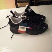 Продам мужские кроссовки, кожаные Tommy hilfiger, в Москве