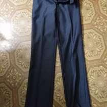 Продам брюки костюмные, в Нижней Салде