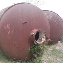 2 цистерны по 15 тонн каждая, в г.Комрат