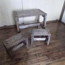 Стол и 2 табуретки, в г.Минск