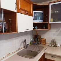 Продам двух комнатную квартиру на ж/м Левобережный-3, в г.Днепропетровск