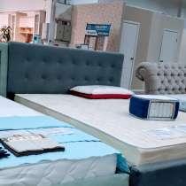 Продаю новую 2х спальную кровать с матрасом, в Пензе