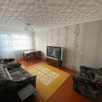 Сдам 2-комнатную, этаж 3/5 в Зеленой Роще, на Комарова, 7, в Красноярске