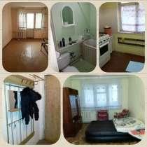 Продам 3х комнатную 6 микр. 4й этаж. Старой планировки, в г.Наманган