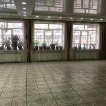 Продается здание с возможностью использовать под бизнес, в г.Алматы