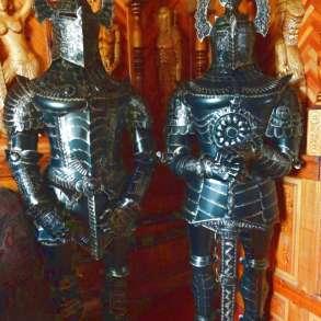 Скульптура тевтонского рыцаря, в Краснодаре