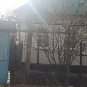 Продаю два дома на одном участке, в г.Бишкек