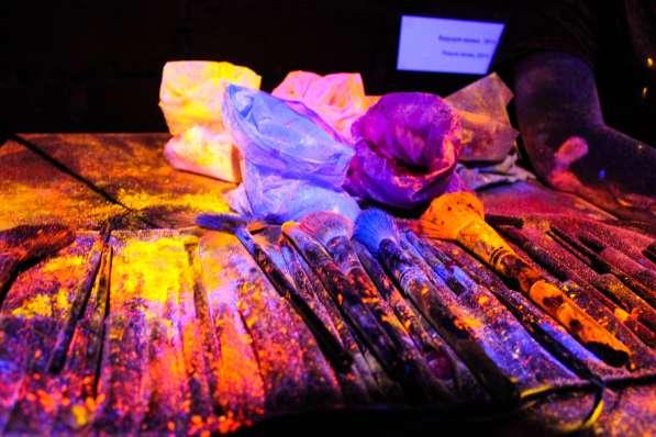 Флуоресцентный пигмент в Екатеринбурге фото 3