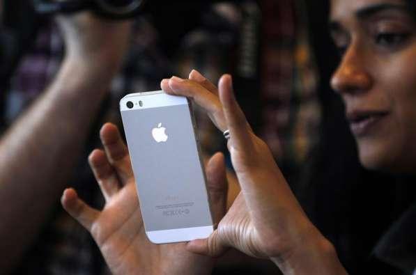 Смартфон Apple iPhone 7 - 128GB в