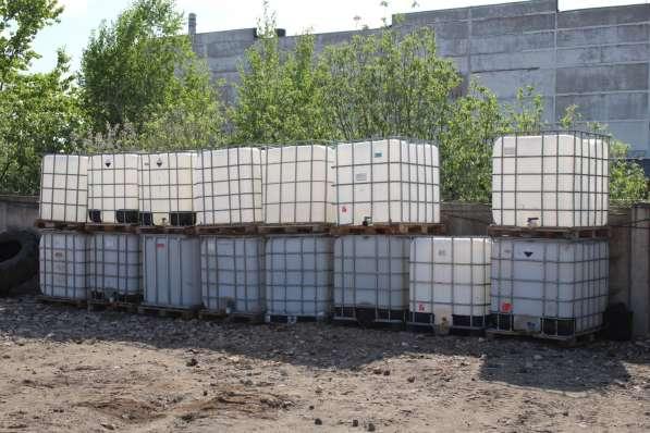Продам кубы (емкости вмещаемые куб жидкости)