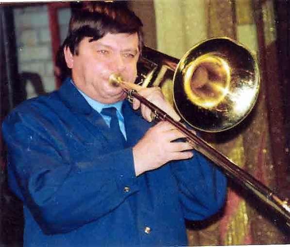 Обучение на музыкальных инструментах