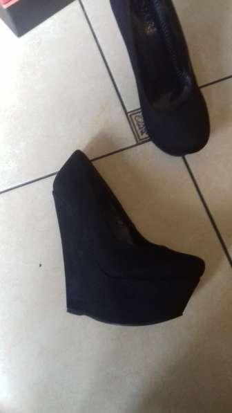 Обувь стильная 36р/2 пары