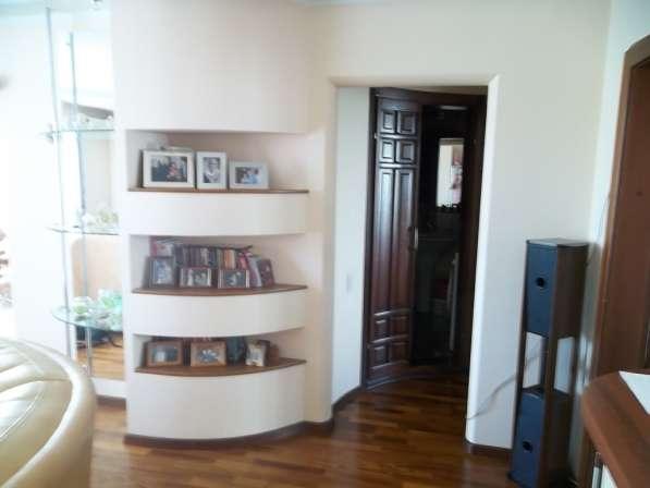 Продам 3х комнатную на ФПК пр. Молодежный,15а 2эт