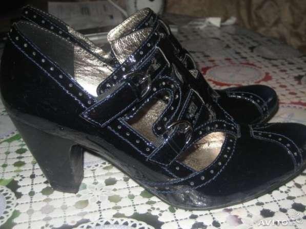 Обувь на р.39