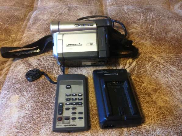 Видеокамера цифровая Panasonic mini DV
