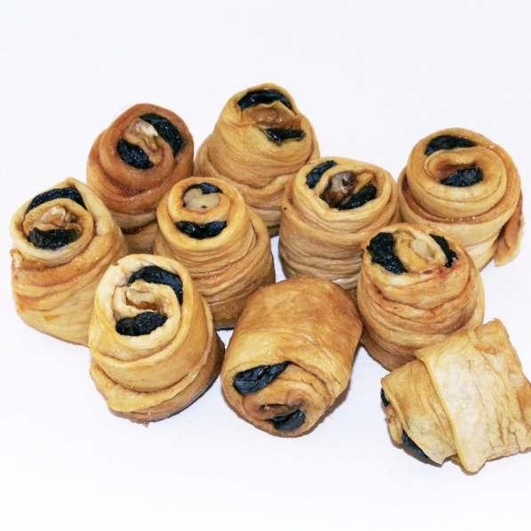 Рулетики из вяленой дыни и изюма сояги 1 кг