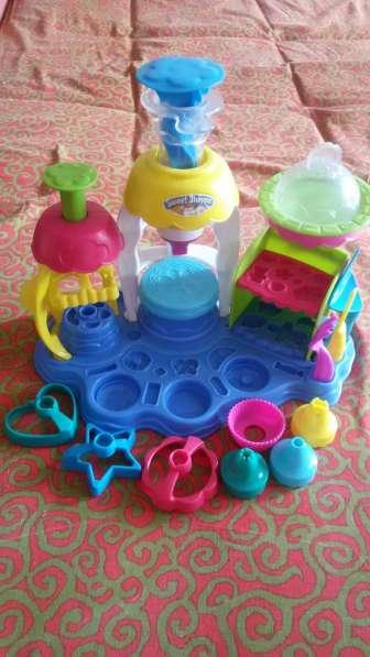 Фабрика пироженого Play-Doh