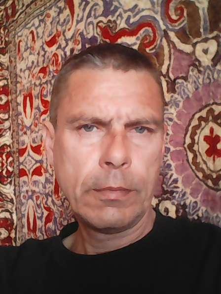 Эдуард, 50 лет, хочет познакомиться