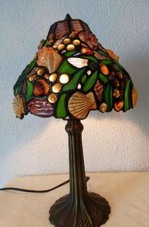 Tiffany. Красивая настольная лампа,3Д