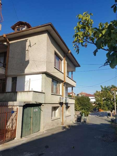 Четырех этажный дом на море Болгария