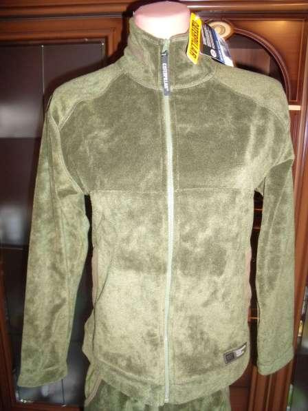 Роскошный велюровый костюм Caterpillar р.44 новый