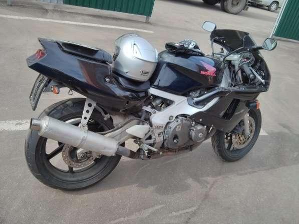Мотоцикл Honda CBR 400 RR