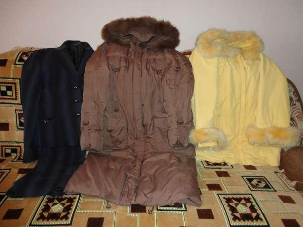 Пуховик, куртка осен. женская