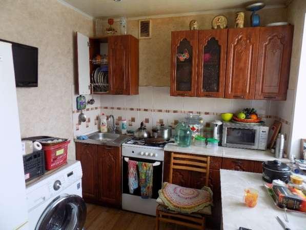 Продам 2-комнатную квартиру Клары Цеткин 9