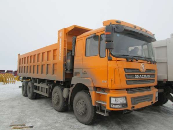 Самосвал Shacman 8x4 375 л. с