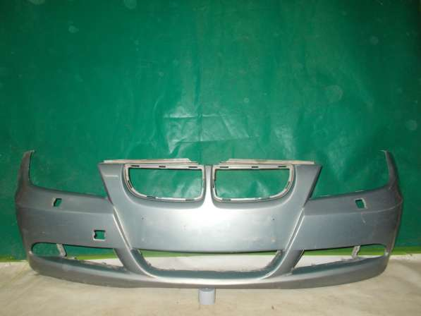 Передний бампер на BMW 3er E90