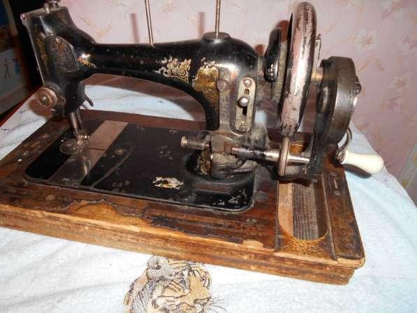 Продам раритетные швейные машинки (см. фото) Все исправны в Тобольске фото 5