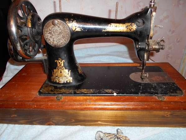 Продам раритетные швейные машинки (см. фото) Все исправны