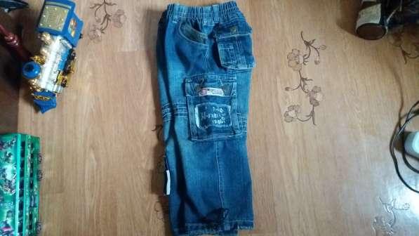 Стильные джинсы на рост 104 в фото 7